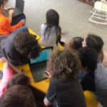 kids using chromebooks